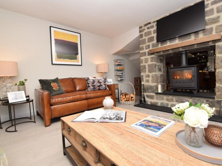 Enjoy cosy nights in front of the lovley wood burner