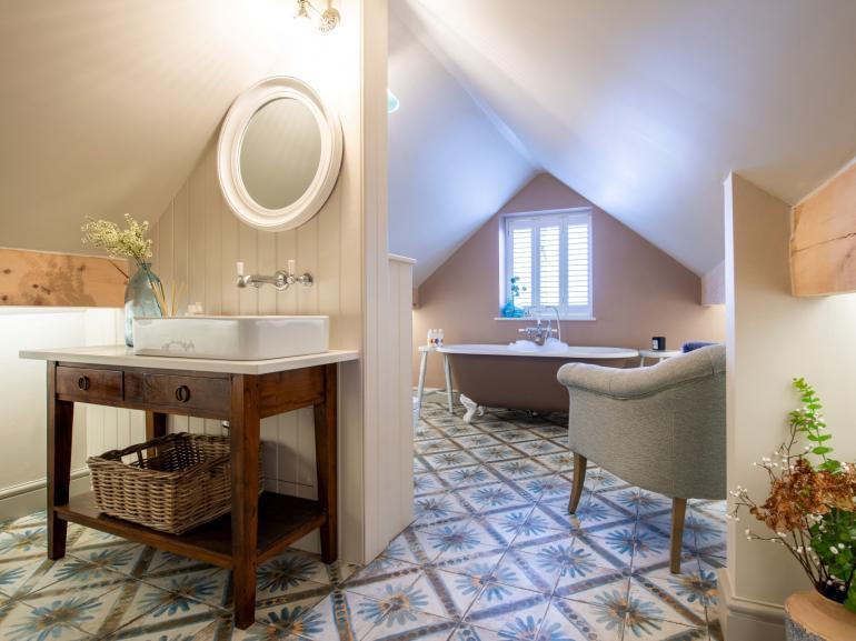 Pure luxury a beautiful en-suite