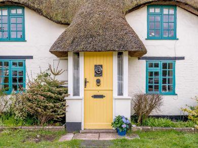 Honey Cottage - Wool (77787)