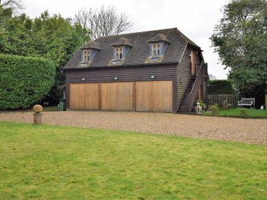 Dog House Farm Apartment (78080)