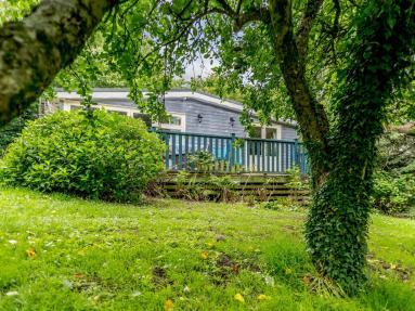 Gardeners Cottage - Bocombe (78252)
