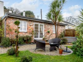 Sunset Cottage At The Burlands