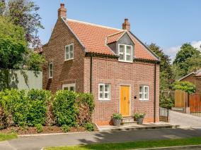 Pip Cottage (78558)