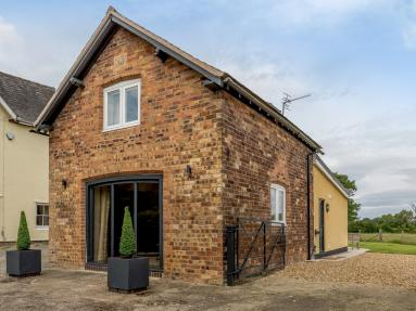 1877 Cottage (78607)