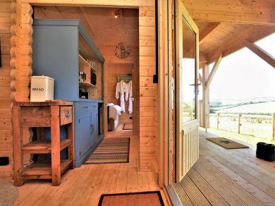 Stargazy Cabin (78680)