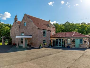 The Cottage At Bridgend Farm