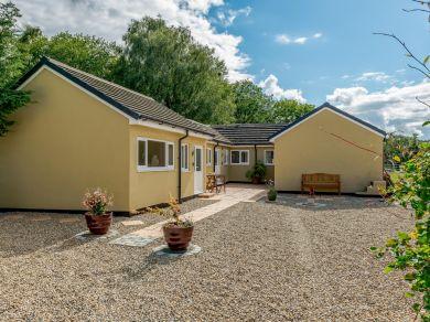 Roxy's Cottage (78725)