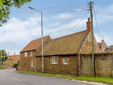 Blacksmith's Cottage - Old Hunstanton (78821)