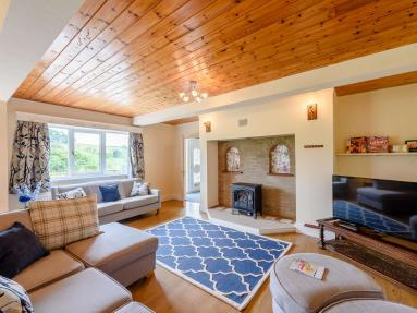 Hillside Lodge (78848)