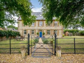 The Old Farmhouse (78867)