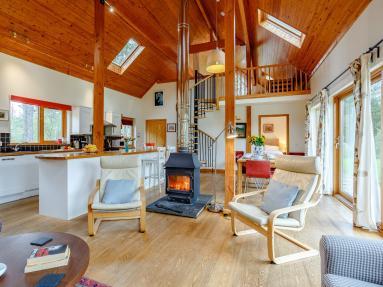 Nevis Lodge (78875)