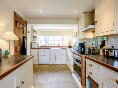 Bluebell Cottage - Docking (79002)