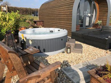 Hydrangea Lodge (79087)