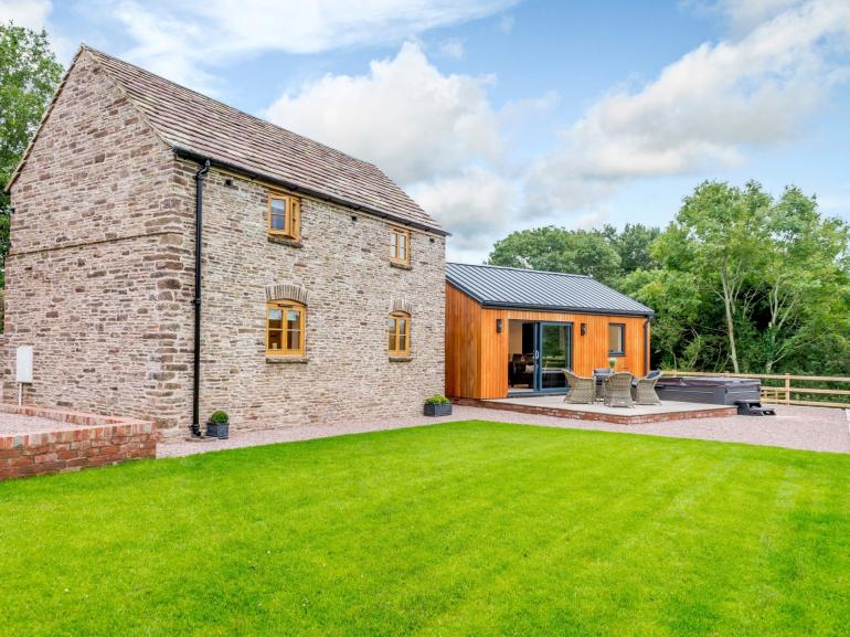 A traditional cottage with a contemporary twist set within the Black Mountains