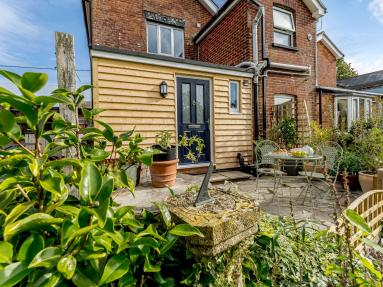 Willow Tree Cottage - Sandleheath (79197)