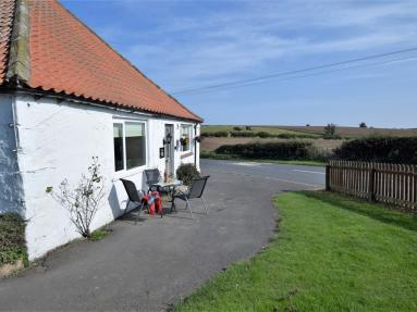 Smithy Cottage - Bamburgh (79477)