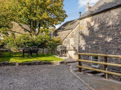 Ivy House - Wetton (79554)