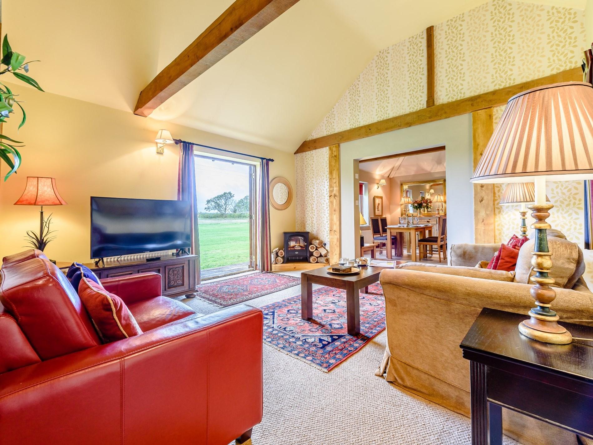 2 Bedroom Cottage in Bedford, East of England