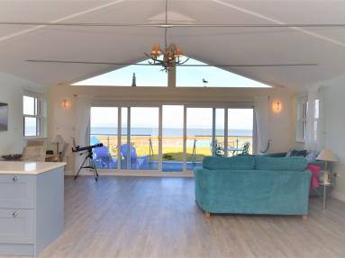 Seasalter Beach Retreat (79602)