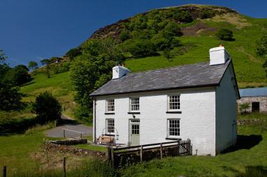 Alltwinau Farmhouse (BN013)