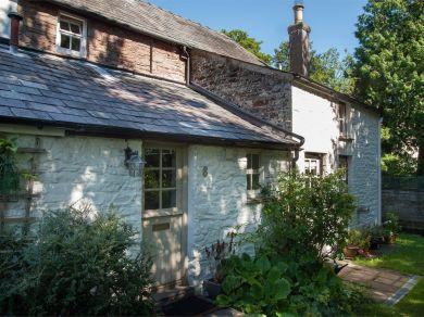 Anoushka's Cottage (BN016)