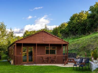 Bryn Lodge (BN064)