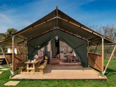 Buzzard Lodge (BN074)