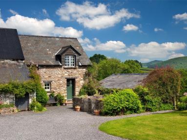 Damson Cottage - Llandefaelog Fach (BN129)