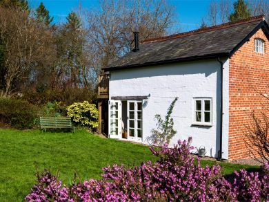 Finch Cottage - Pennorth (BN157)