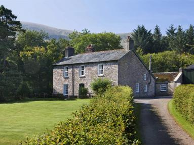 Forest Lodge Farmhouse (BN159)