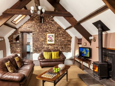 Foresters Granary Stable Loft (BN177)