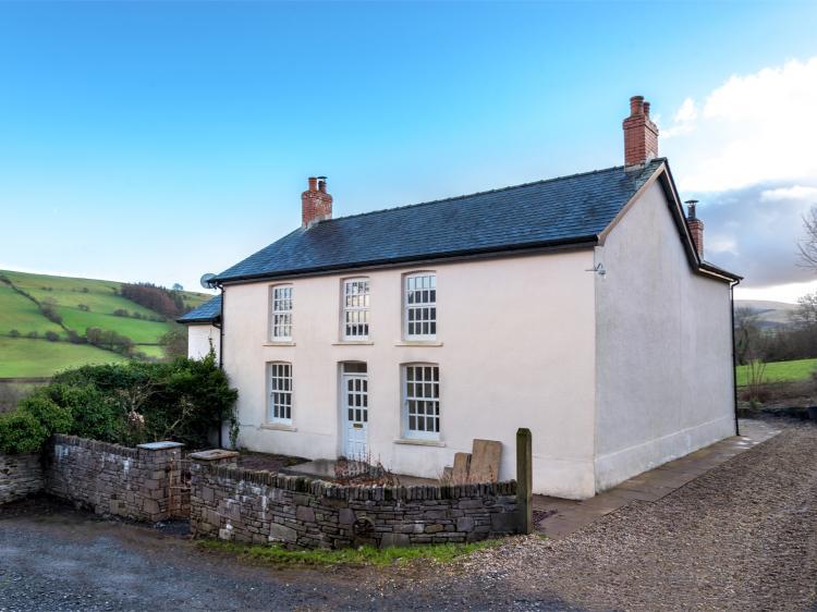 Onnen Fawr Farmhouse (BN267)