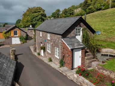 Orchard Cottage - Bwlch (BN270)