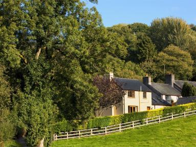 Pentrebach Cottage (BN280)