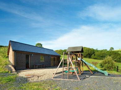 Red Kite Stable Cottage (BN297)