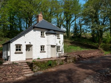 Woodman Parry's Cottage (BN368)