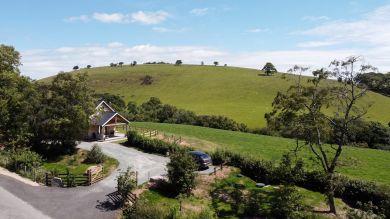 Daffodil Lodge (BN418)