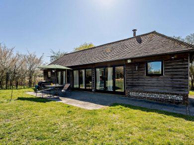 Rushfields Barn (80378)