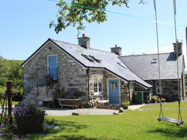 Conwy Valley Farmhouse (80476)