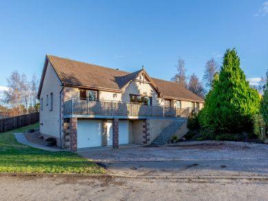 Fairview House (80573)