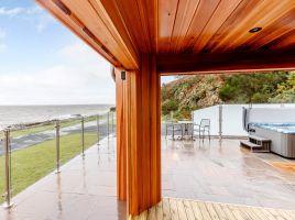 Rascarrel Bay Retreat