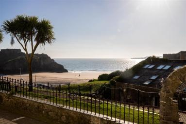 Beach View - Tenby (FB021)