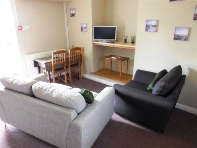 Cosheston Apartments 5 (FB060)