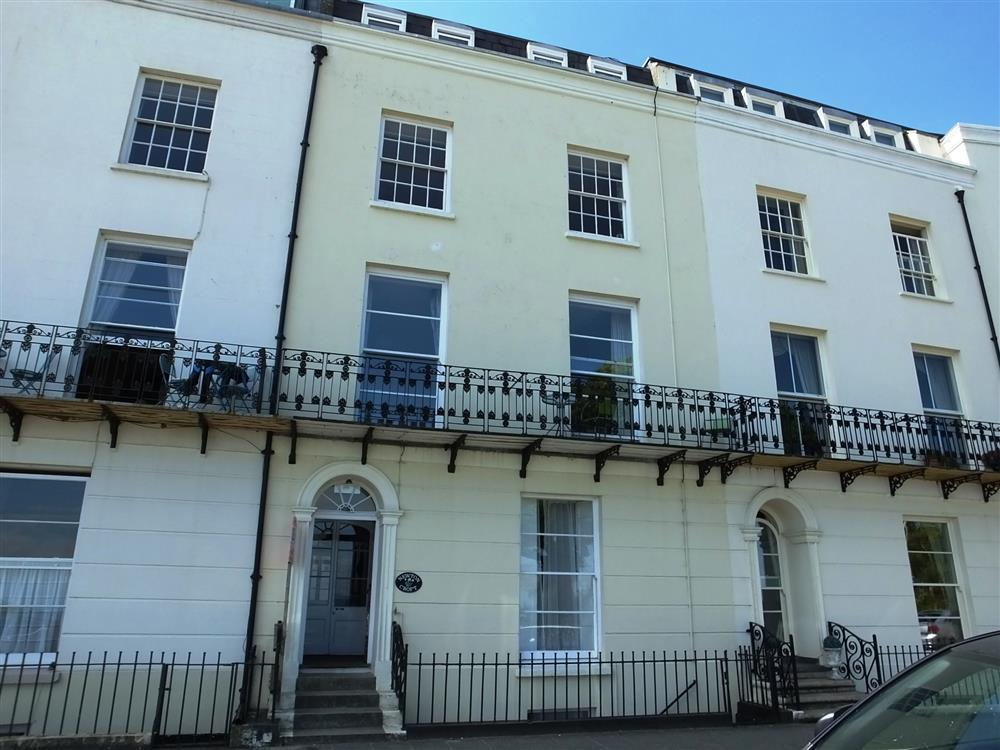 1 Bedroom Cottage in Tenby, Mid Wales