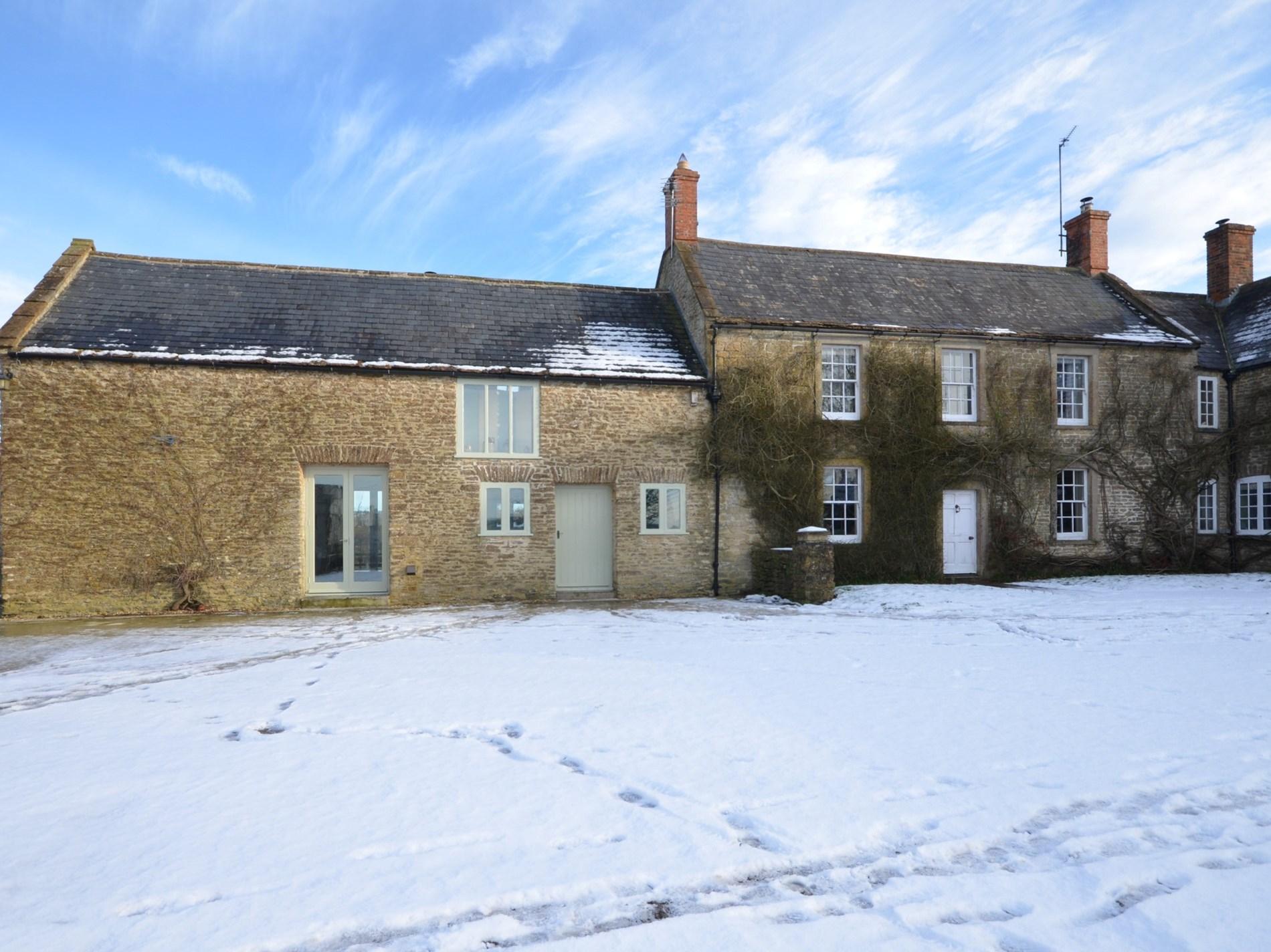 1 Bedroom Cottage in Bruton, Dorset and Somerset