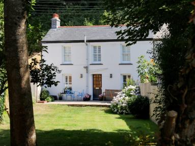 Violet Cottage - Par (81252)