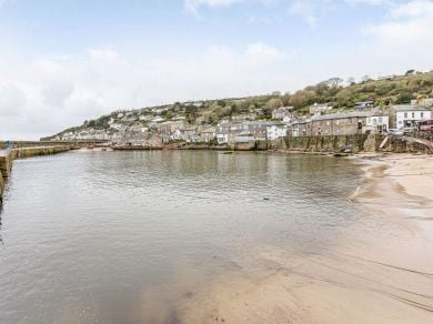 Rolling Surf - Mousehole (81271)