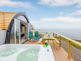 Highland Hot Tub Retreat 4