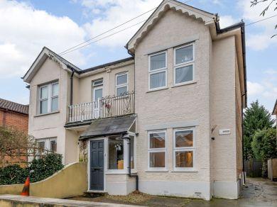 Richmond Wood Apartment (81419)