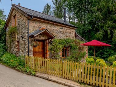 Little Barn Oakford (82325)
